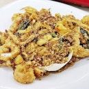 Oatmeal Squid (SGD $10 / $14 / $18) @ T.K.