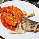 Deep-Fried Sea Bass In Sweet & Sour Sauce @ Goldleaf Restaurant.