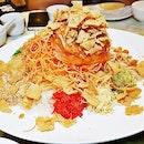 Prosperity Salmon Yu Sheng (SGD $68 / $98) @ Famous Kitchen.