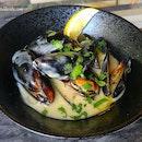 Mussels & Cream ($12).