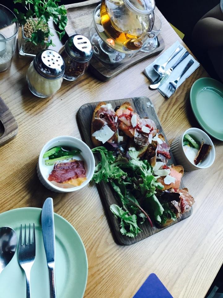 Good Food At Orchard Gateway