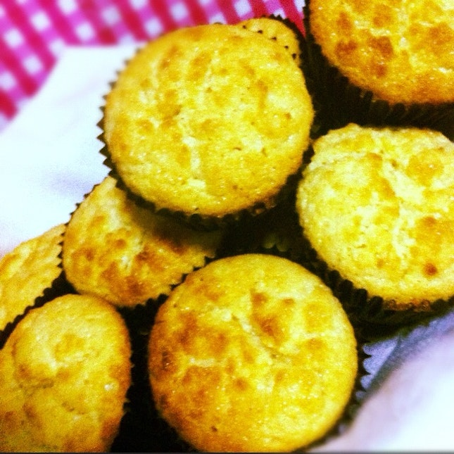 muffins and bread