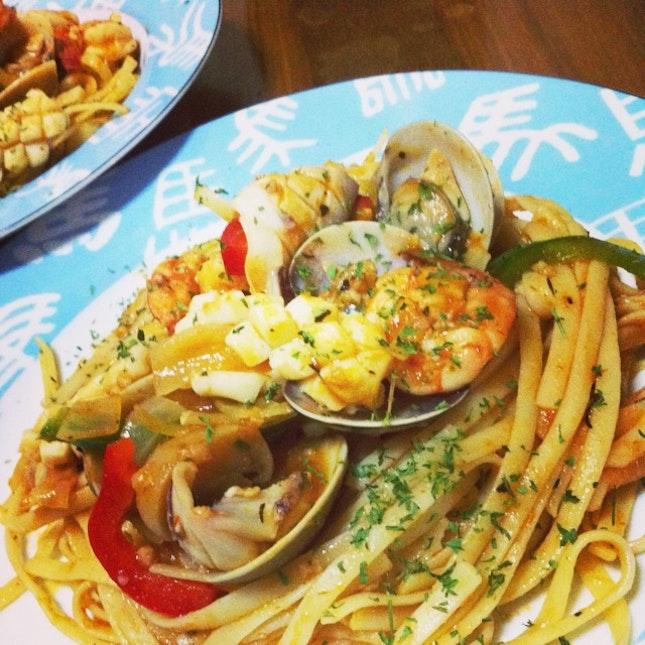 Seafood Linguine in Marinara Sauce