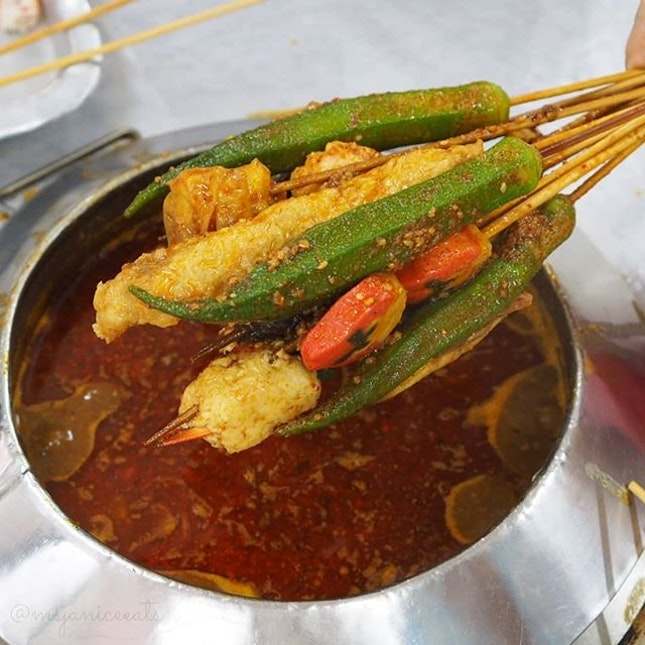 ⭐ [MELAKA] Restoran Ban Lee Siang 万里香沙爹朱律 (正宗) ~ Satay Celup ⭐  A must-eat for me whenever I travel to Melaka.