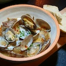 Clams in Tasty Broth