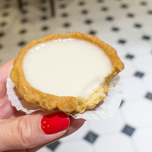 In celebration of Va­lentine's Day, Honal­ulu Cafe launches Be­an Curd Tarts loving­ly prepared from a secret blend of bean curd.