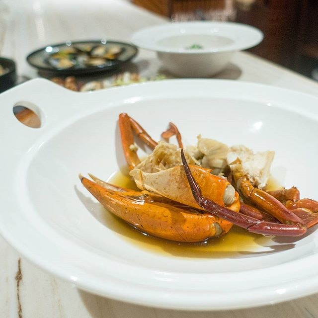 Shaoxing Crabs - love how the wine highlights the sweetness of these fresh crustaceans.