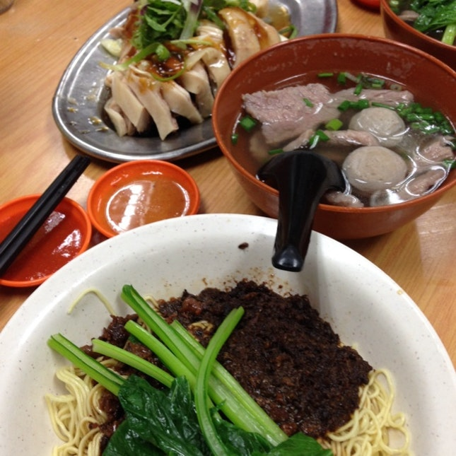 Delicious Place For Authentic Beef Noodles