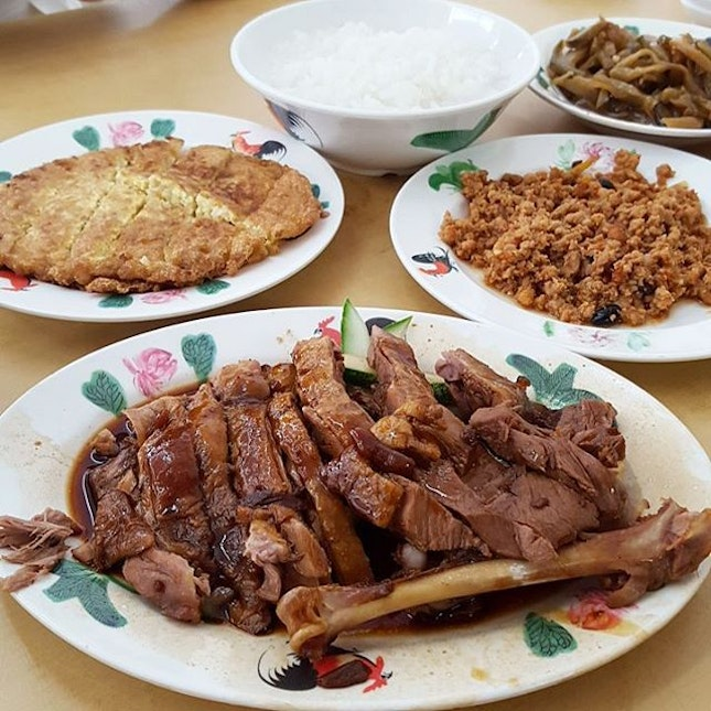 Best Hawker Food In Singapore