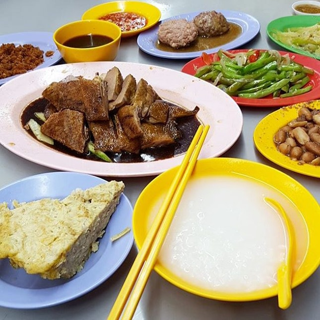 Excellent Teochew Porridge for dinner today.