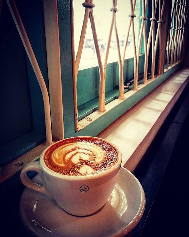 1/5 Coffee  #flatwhite #coffeebreak #cafehopping #jakartacafe #onefifteenthcoffee #relax #2018 #holidays #burpple #burpplegoesjakarta