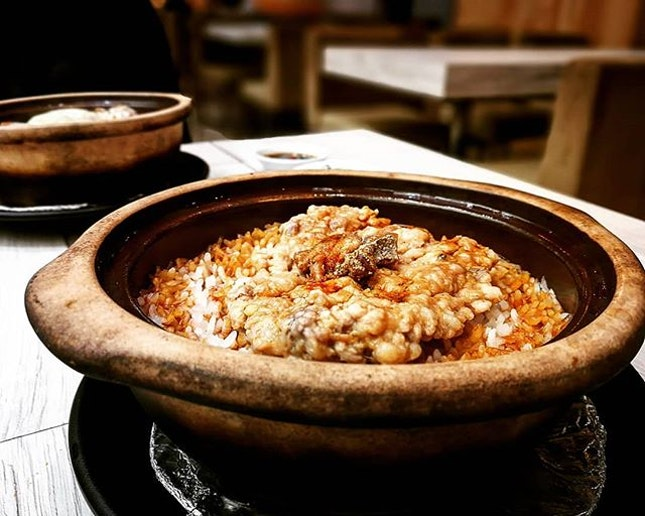 Sinful dinner 😱🐷 Claypot rice with salted fish and minced pork 鹹魚肉餅煲仔飯 (RM15.90)#又壹煲 #villagepotrestaurant #pavilionelite #saltedfishandmincedpork #burpplekl #burpple