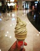 McDonald's (The Curve)