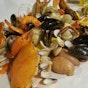 Crab in Da Bag (Big Splash)