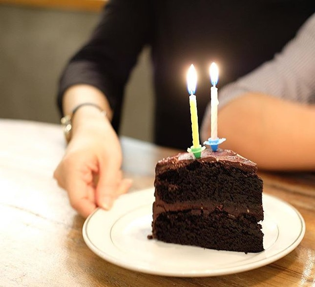 Friends and Cakes  There's always an occasion for cakes #chocolatefudgecake .