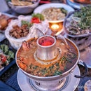 Craving for TomYum Kungfu ($16.00), just perfect for today's rainy weather.