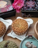 Old Seng Choong has launched a range of baked and snowskin mooncakes with unique flavours available from 1 Aug to 24 Sept 2018.