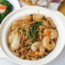 Signature dishes from Yan Ting @stregissg available for takeaway & delivery now.