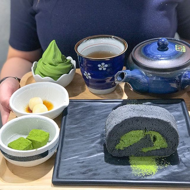 Afternoon tea set [$13.90]  Limited sets available on weekdays 2-6pm with your choice of matcha, houjicha or goma.