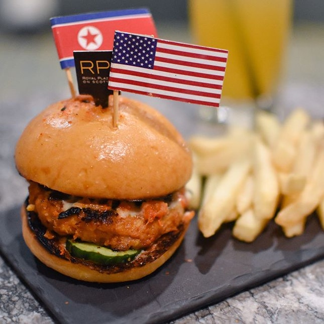 Trump Kim burger set [$12++] Available till 15 June for dinner (6-10pm), this Trump Kim burger set comprises of a fusion of western and korean cuisine, chicken kimchi burger with fries, kimbap and a complimentary glass of iced summit tea (yuzu honey citron).