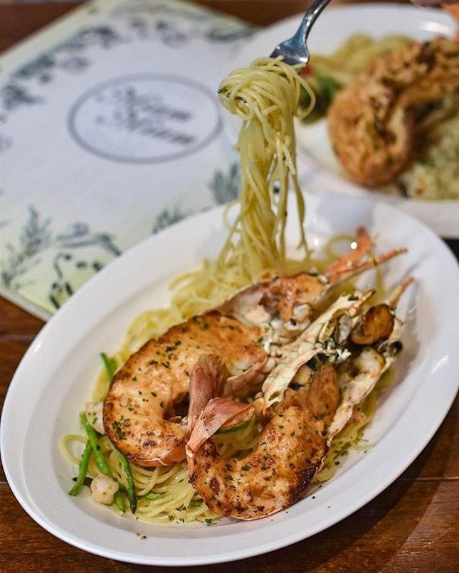 1️⃣Lobster Mentaiko Aglio Olio [$34.90++/full lobster]  2️⃣Soufflé Risotto Au Lobster [$26.90++/half lobster] .