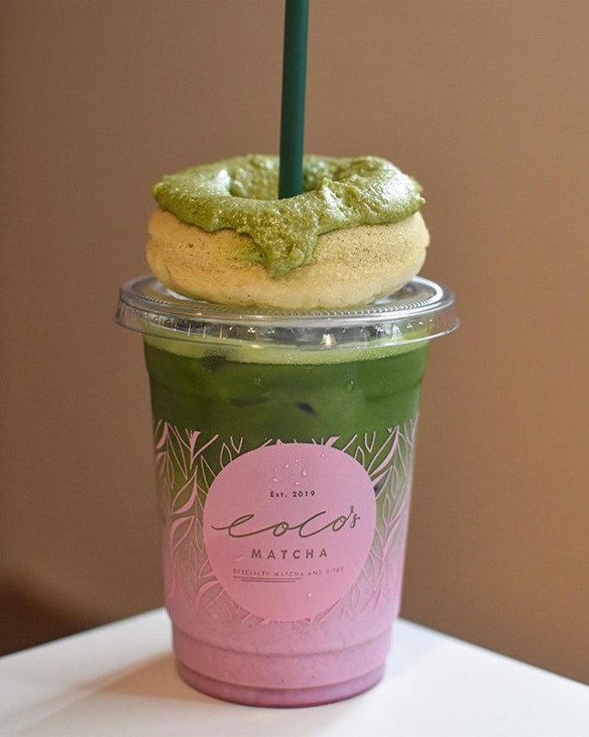 1️⃣Pink Matcha [6800KRW ~> $8.16]  Finally, a pink matcha beverage that's NOT STRAWBERRY but rather something more unique and exotic: Betroot, berries & hibiscus 🌺 .