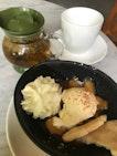 Apple Crumble & Chamomile Teatime