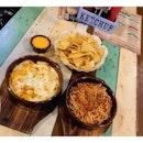 Eat Play Repeat 😉 Pasta and Nachos in the afternoon 😍😍😍 #foodgasm #foodtrip #cafe #instafood #foodstagram #foodie #pigout #burpple