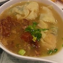 Kagoshima Style Pork Cartilage, Shrimp & Spinach Dumplings With Vermicelli In Fish Soup