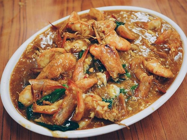 There's no hor fun quite like the big prawn hor fun at Kok Sen.