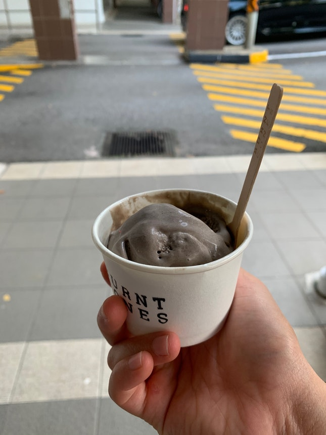 mint chocolate and oreo ice cream