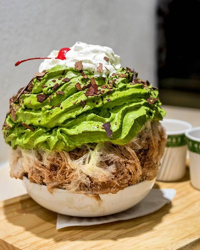 If you are still feeling the festive spirit, then you should try this Matcha x Nama Choco Mint Kakigori ($15.90).