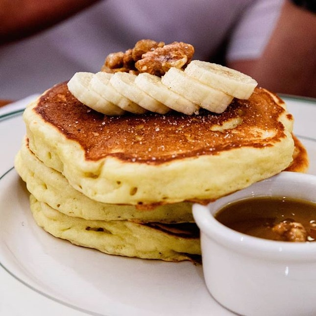 Still the best American pancakes I can find in Singapore; had the Banana Walnut ($19++) during my most recent visit but still prefer the Blueberries the most, followed by the surprisingly warm and melty Chocolate Chunks.