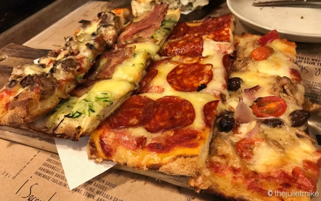 Assorted Pizza Platter