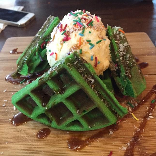 Ondeh-Ondeh Gula Melaka Waffle With Ice-cream!