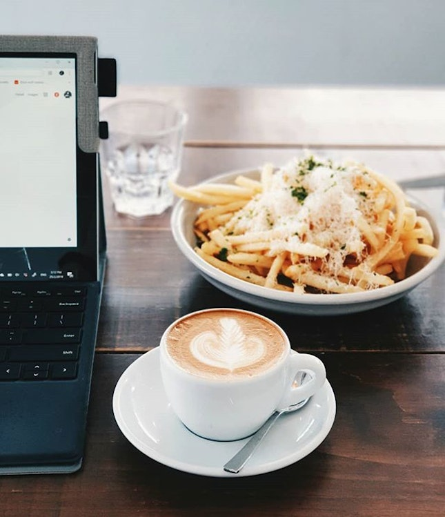 In the mood for☕🍟.