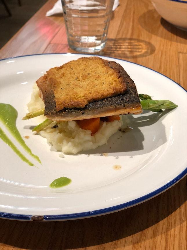 Salmon With Almond Crust [$22++]