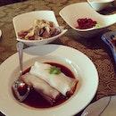 ✌✌✌✌✌ so much food!!!