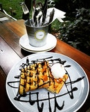 #botanicalgardens #waffles with #vanillaicecream #sgfood #sgeat #hungrygowhere #instag #instagfood #foodpic #burpple #whati8tdy #wheretoeat #cafesg