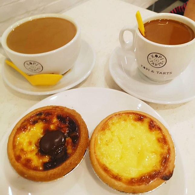 Enjoying my #kopi&tarts ☕🥧 #sgfood #sgeat #hungrygowhere #instag #instagfood #foodpic #burpple #whati8tdy #wheretoeat #cafesg #grabfood