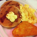 Sweet treat for #brunch. #Blueberry #pancakes #scrambled #egg #hashbrown #maple #syrup All for $2.95 only! ^^ (w/o drink)