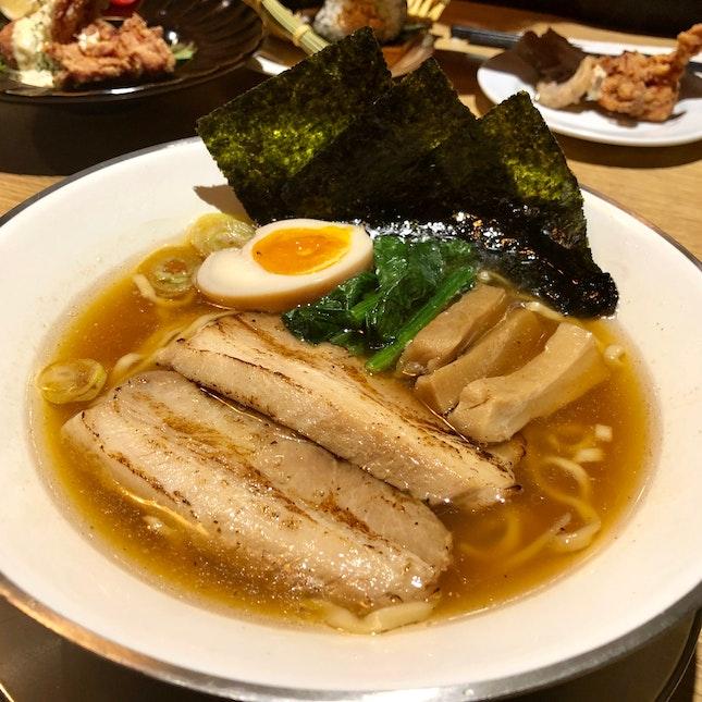 Niigata Shouyu Ramen - 新潟醤油らーめん