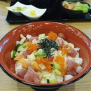 Happened to be ard the area so I met a fren for lunch in this random Japanese resturant to satisfy my sashimi craving..