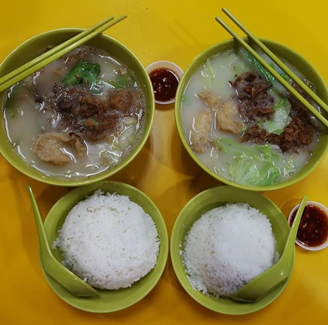 When I moved to SG, Konde would always rave and beg me to try this dish - Fried Fish in Milk Soup.