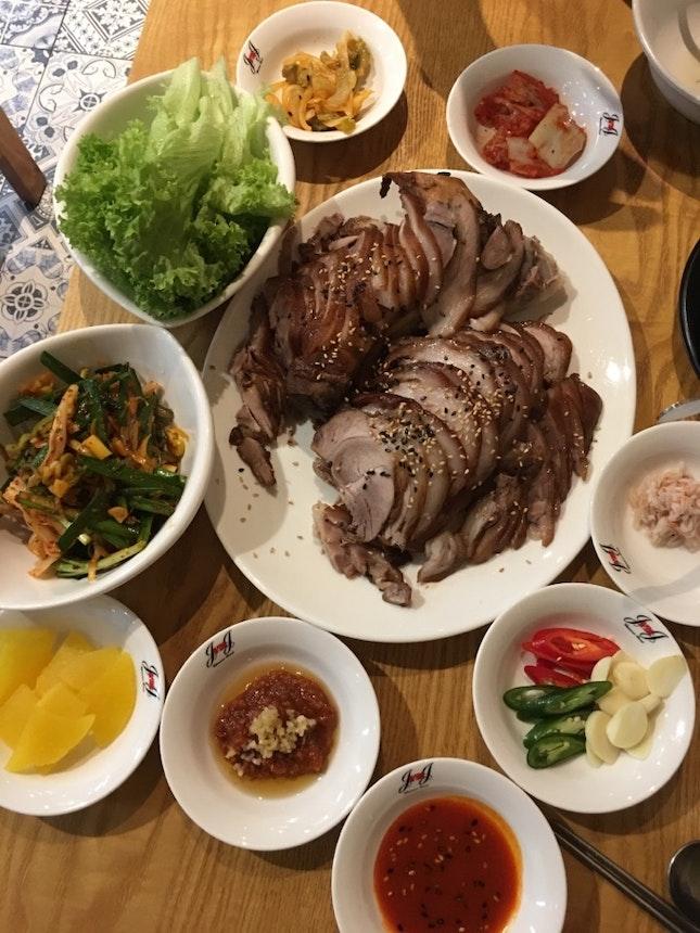 족발 Pork Trotte at Singapore!