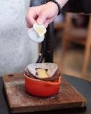 Chocolate soufflé [200Baht ] .