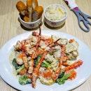 King crab platter w garlic herb sauce for 30sgd!