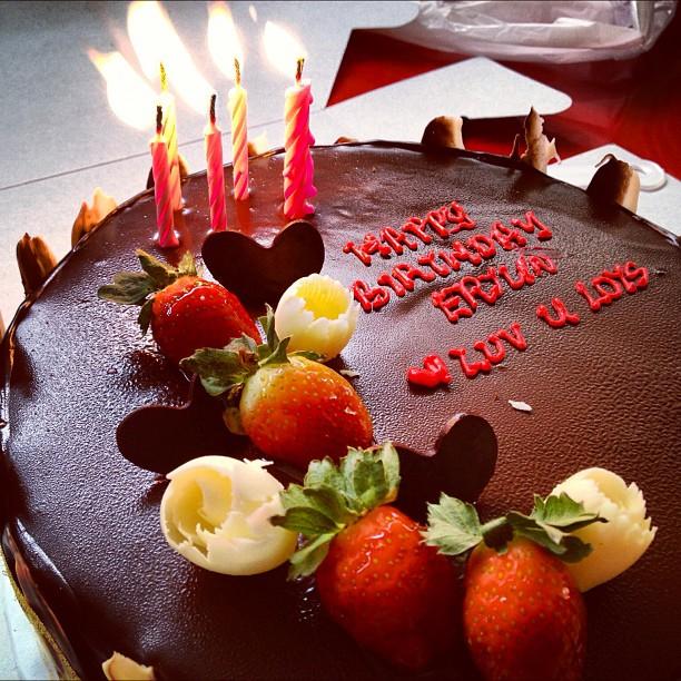 erjunnn s beautiful chocolate birthday cake 7478