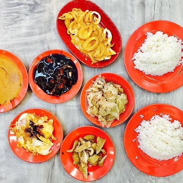 Beach Road Scissors Cut Curry Rice (Upper Thomson)