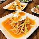 Som tum- a must eat when in Thailand 🇹🇭!